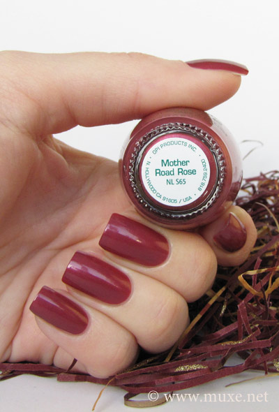 OPI Mother Rose Road NL S65 свотч