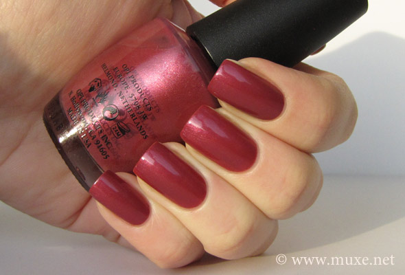 OPI Mother Rose Road свотч