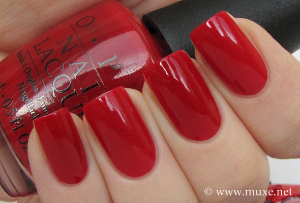 сравнение свотч - OPI Big Apple Red и Sephora Cherry Popsicle