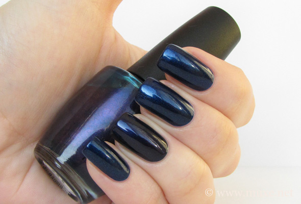 Essence Hard to Resist и OPI Russian Navy сравнение