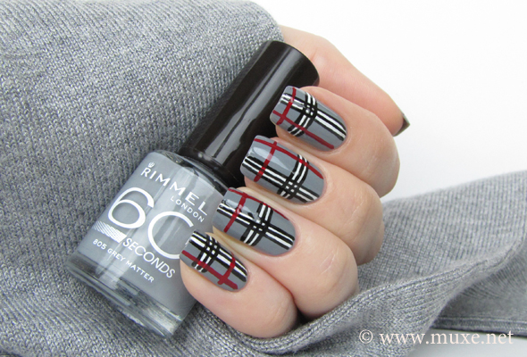 Grey Stripes Nail Art