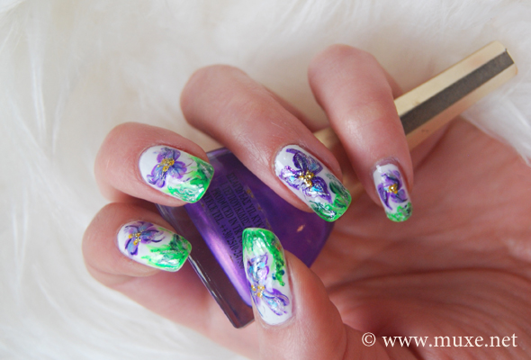 Guest Post 4 Purple Flowers And Green Grass Nail Art Maris Nail
