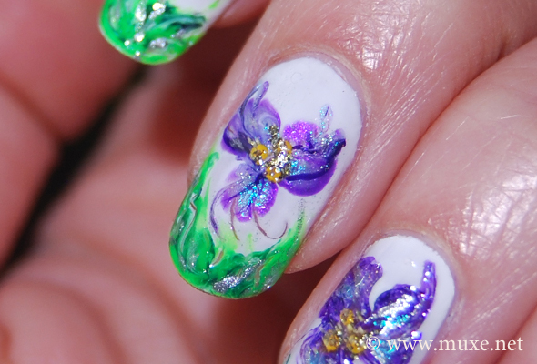 Цветочный дизайн - ногти
