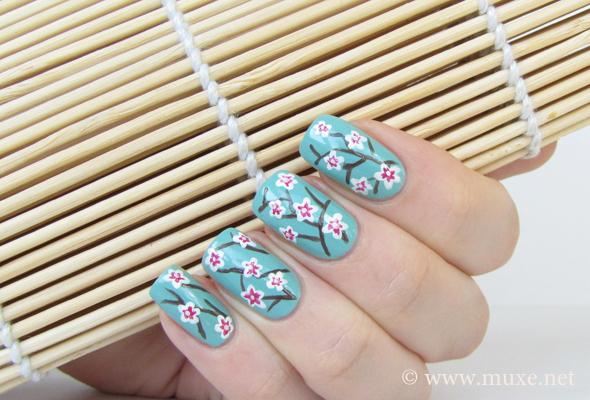 Ногти сакура