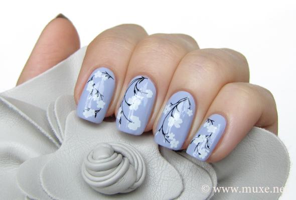 Дизайн ногтей цветочный