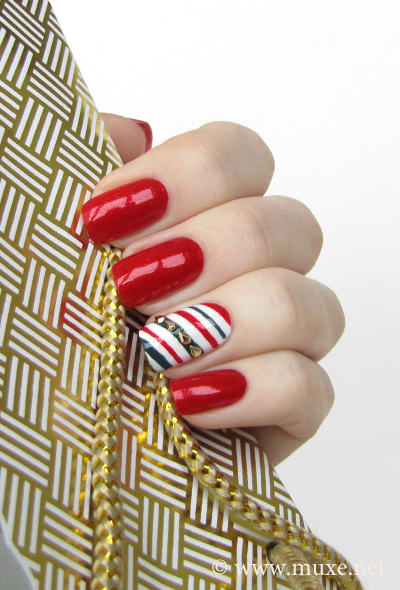 Candy Cane Nail Design For