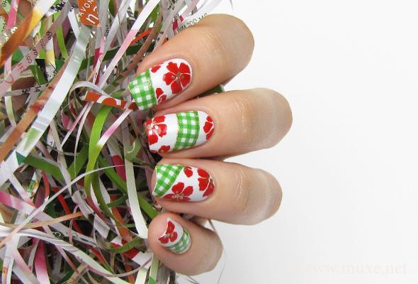 Green checked nails