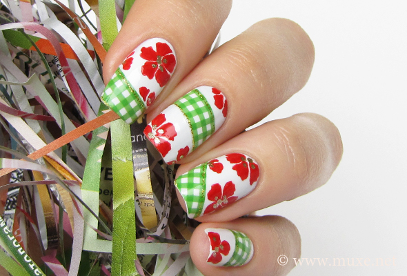 Green and red nails with checked pattern
