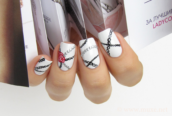 White and black nails design