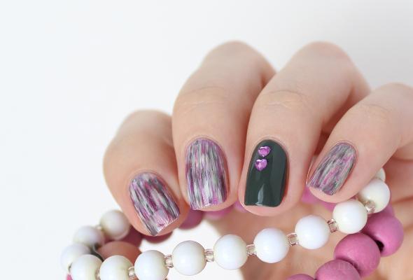 Dry brush nails design