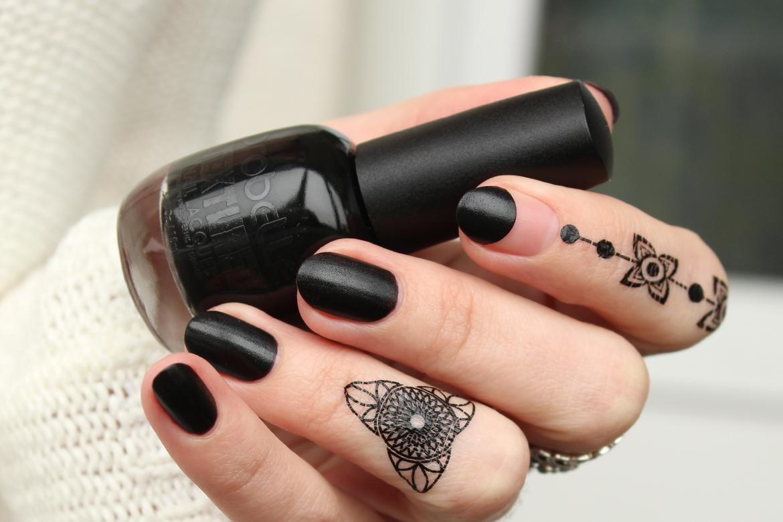 Probelle Textured Black nail polish